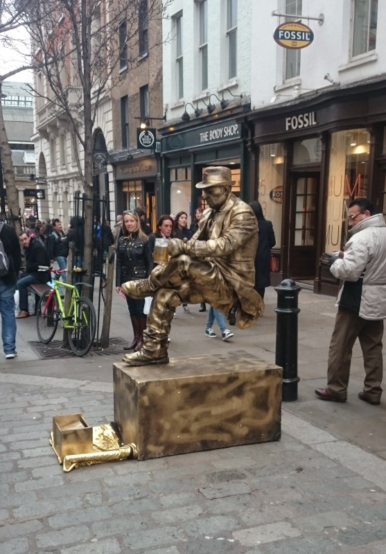Gold street performer at Covent Garden.